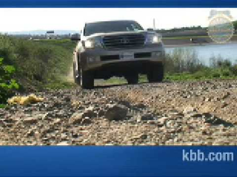 Toyota Land Cruiser Video Review - Kelley Blue Book