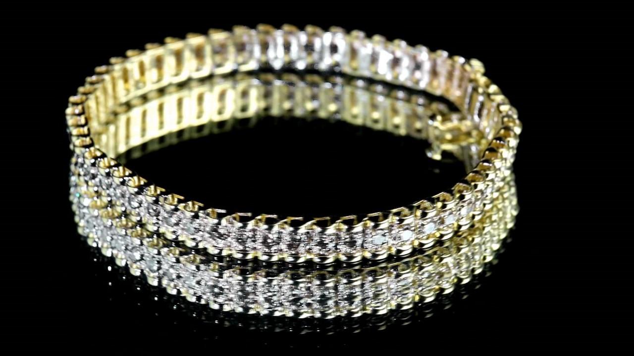 Отличительной чертой браслетов от sokolov является индивидуальный подбор замков. В зависимости от толщины и дизайна, изделия наделяются надёжными и удобными в повседневной носке карабинными и шпрингельными замками.