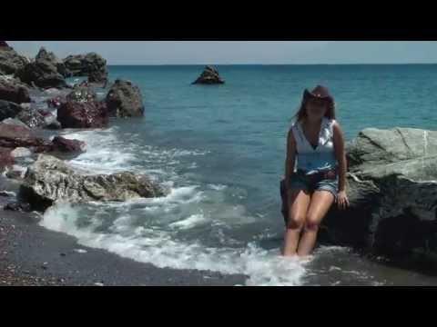 Laura van den Elzen - Time after Time - Greece island Kos