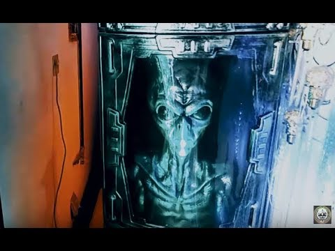 Hi Tech UFO Area 51 Alien Base To Escape With Gold Bullion Alive. Halloween Haunted House