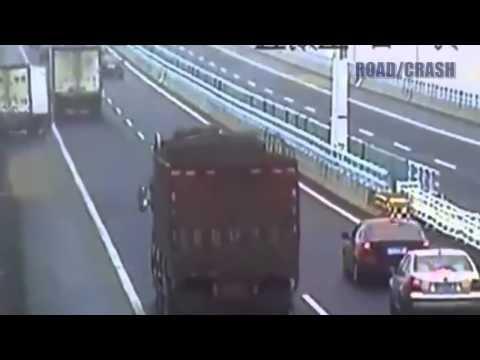 Video compilation di incidenti stradali Parte 62 2013