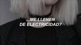 Arctic Monkeys - Electricity (Traducida al Español)
