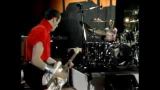 "The Clash perform ""London Calling"" (Live) - Fridays"
