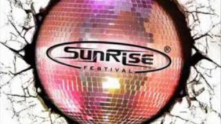 Cliff Coenraad - Massive (Sunrise 2010 Anthem)