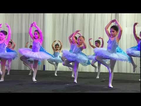 Coreografia Ballet Frozen Laurinha