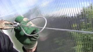 монтаж ситемы подвязки(Подвязка для растений, незаменимый атрибут в теплице. такие подвязки используют и для закрепления томатов..., 2015-07-10T06:25:38.000Z)