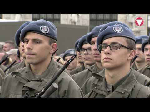 Angelobung von 1.200 Grundwehrdienern am Wiener Heldenplatz