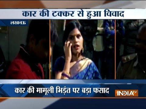 Uttar Pradesh: Woman creates ruckus on Lucknow road