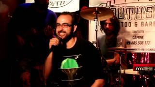 """FELIZ DE VIVIR"" - RUBENBE backed by BRAND NEW BRAINS (Directo Sala La Comedia)"