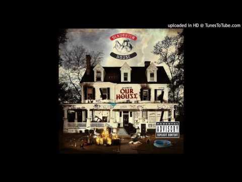 Клип Slaughterhouse - Frat House