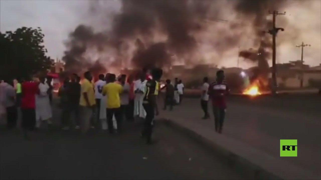 خروج السودانيين إلى شوارع الخرطوم رفضا لاستيلاء الجيش على السلطة  - نشر قبل 4 ساعة