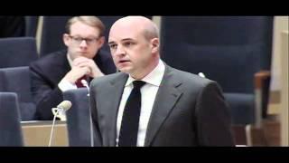 Jimmie Åkesson frågar Fredrik Reinfeldt om hets mot folkgrupp (9 dec 2010)