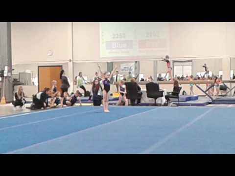 Lindsey Floor routine