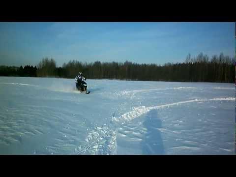 видео: Снегоходный комплект для скутера