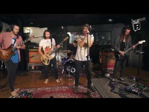 BLUNT TV: Hands Like Houses – I Am (Live At Def Wolf Studios)