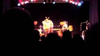 Die Angefahrenen Schulkinder - Sieh Herr meine Hände, live 2010