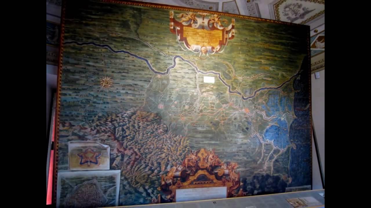 Ferrara Castello Estense Vedute D 39 Interno Sulle Note