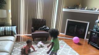 little boy beating his sister أخ يضرب اخته