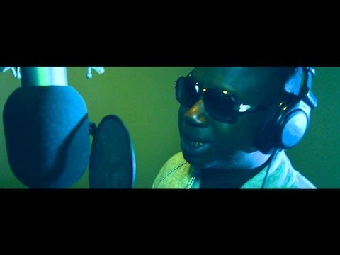 Migos Ft Gucci Mane & Young Scooter - Holmes (Video Official) @OGNZO #OGNZO