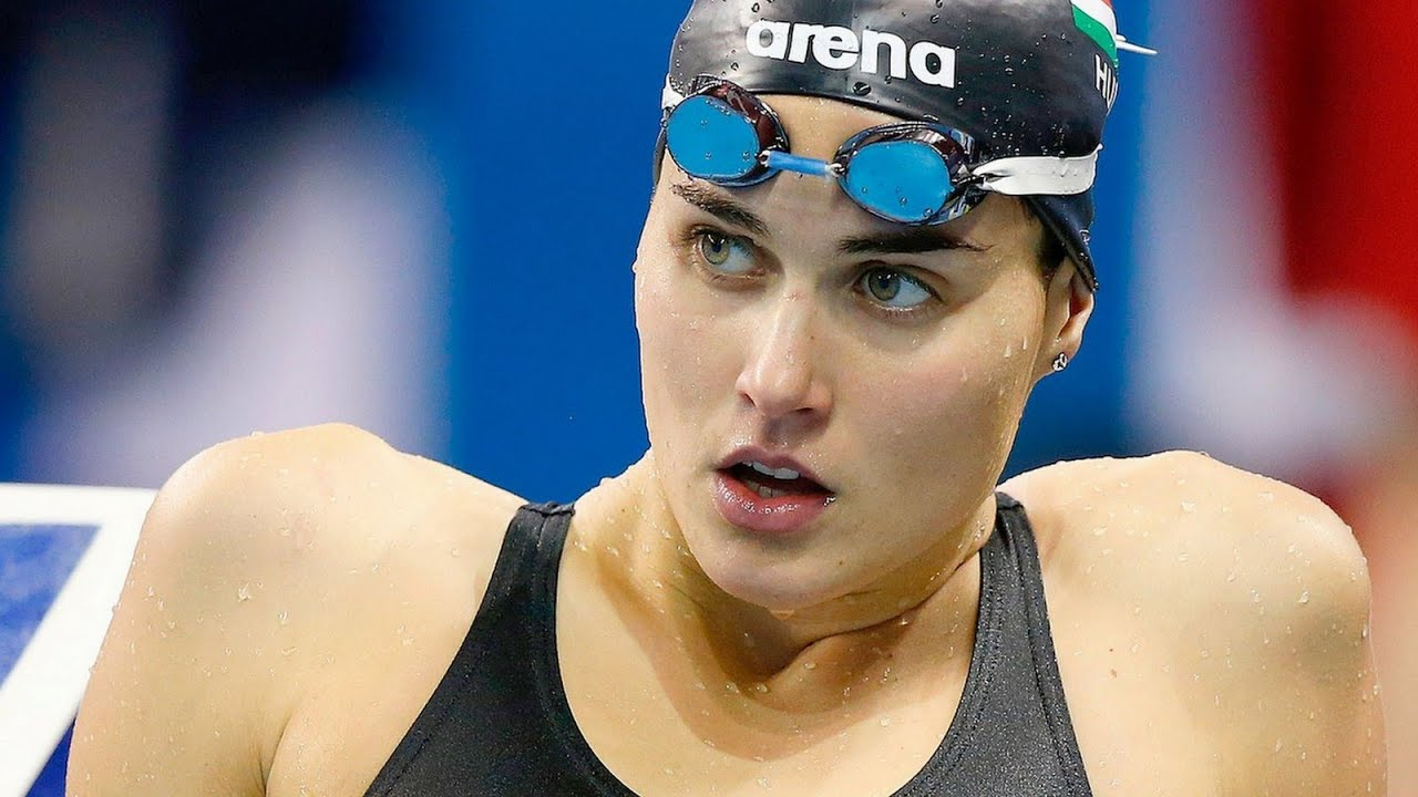 Top 10 Female Swimmers 2016 - Youtube-4080