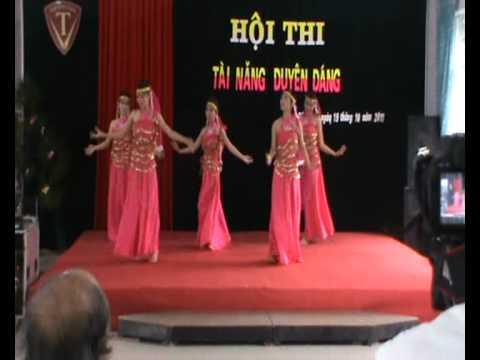 Tiết mục múa của GV Tiểu học Trường Trưng Vương Quảng Trị.wmv