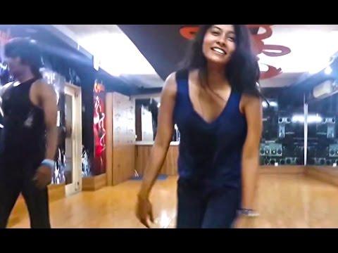 Lux Superstar মুমতাহিনা তয়ার নাচ ।।সাবধানে দেখবেন - Muntahina Toya Dance Video Revealed