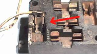 How to Repair a Ford Falcon / Mustang Fuse Box