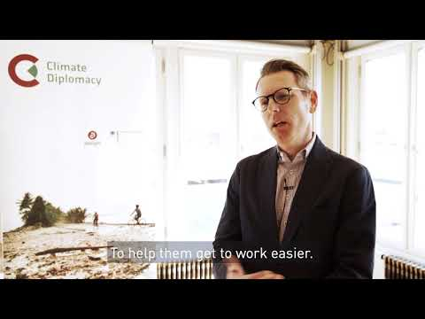 Cities at risk and positive examples of sustaining peace - Interview with John de Boer