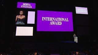 2017 CFDA FASHION AWARDS: Demna Gvasalia Receives International Award