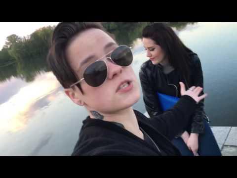 помогите познакомиться лесбиянкой