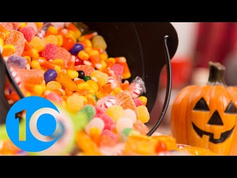 Simon Conway - Want to be popular on Halloween? Here's the list of the best Candy to get!