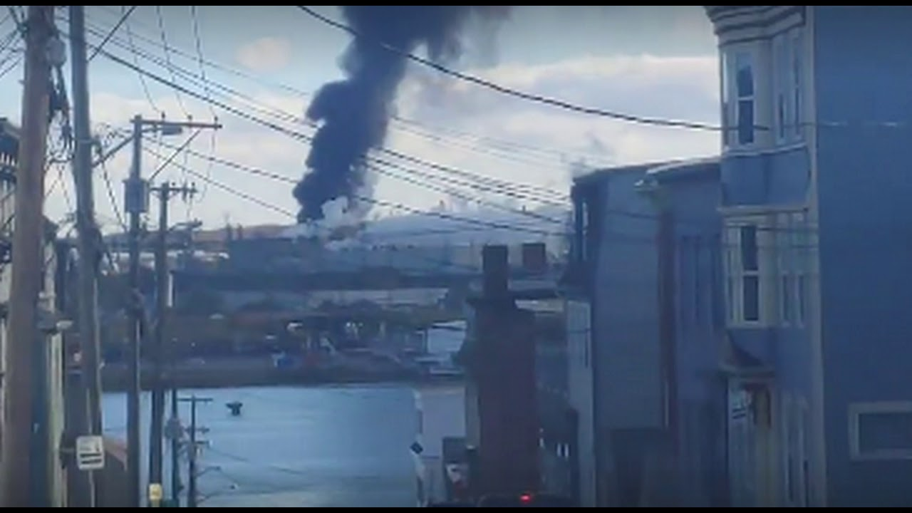 explosions-rock-canada-s-largest-oil-refinery-as-company-confirms-major-incident