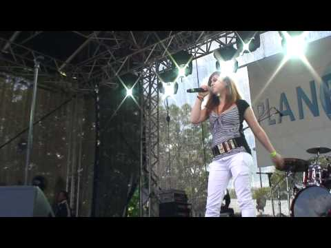Nadine - One Moment In Time (2008) [LIVE] [HIGH DEFINITION]