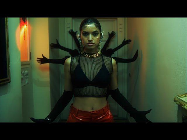 STEFANY- Si Te Vas (Official Video)