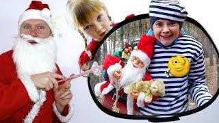 Настя и мама покупают игрушки История на Рождество