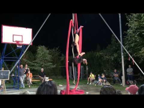 Busker Festival 2014  Staranzano  Duo Artemis show