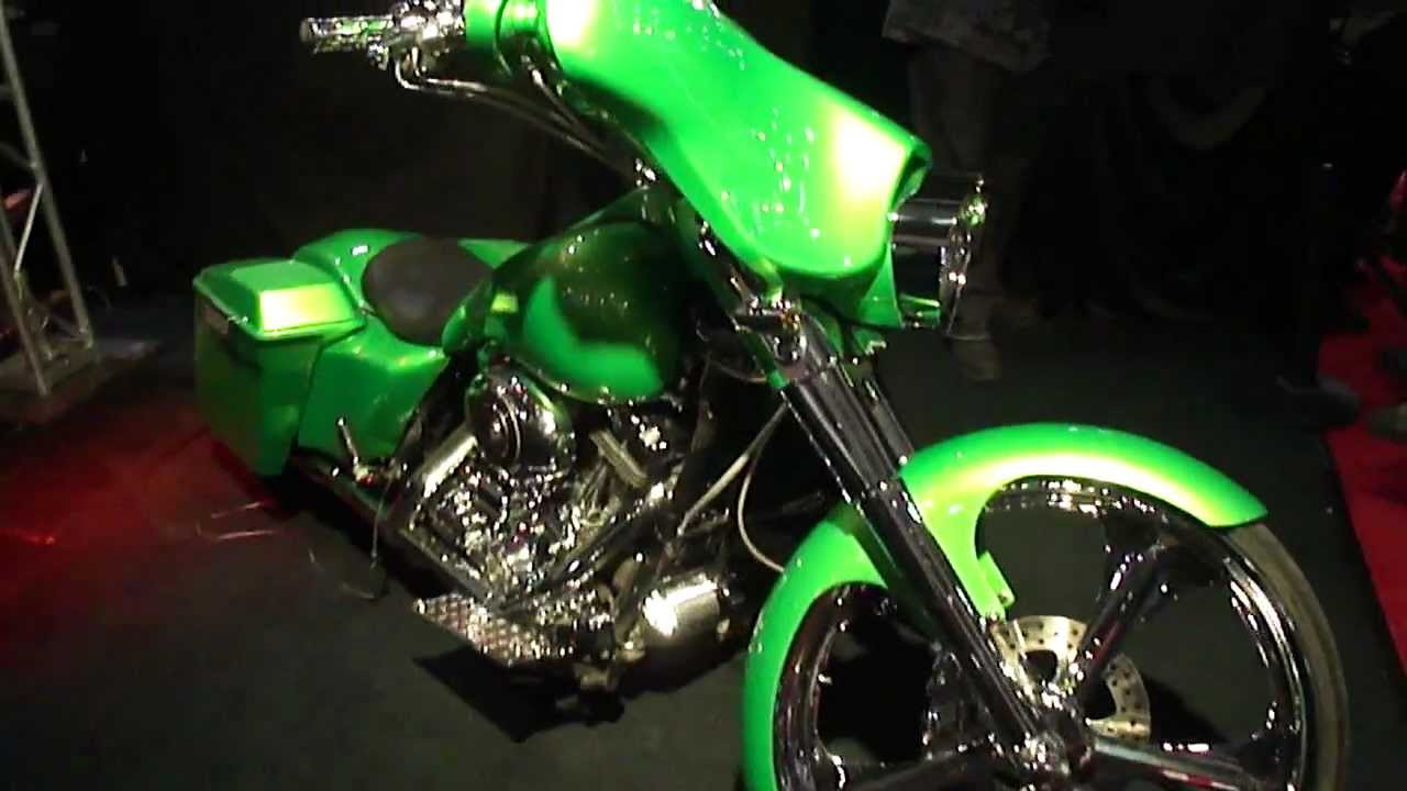 Cavalcade Of Customs >> Custom Harley Davidson bagger motorcycle, stereo, air-ride ...