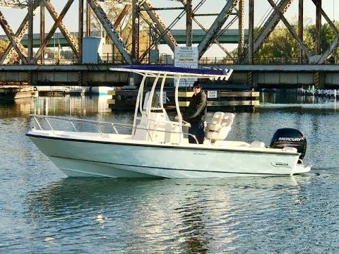 NEW 2018 Boston Whaler 190 Outrage BOAT FOR SALE near Chicago by B & E  Marine 219-879-8301