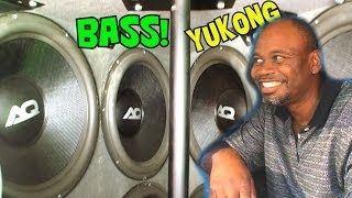 "Hilarious BASSHEAD Demos w/ 8 18"" Subwoofers FLEXING 