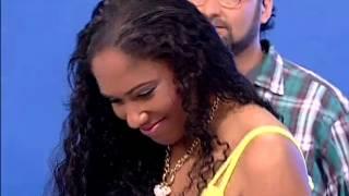 Nsoki abrilhanta o Show de Domingo com a música «Bye Bye» | TV Zimbo |