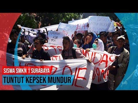 Siswa SMKN 1 Surabaya Tuntut Kepsek Mundur