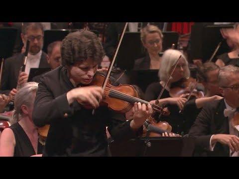 Augustin Hadelich plays Bartók Violin Concerto Nr. 2 LIVE