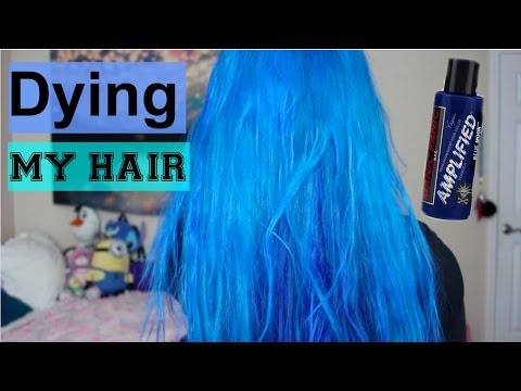DYING MY HAIR BLUE