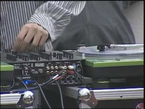 dj-spin-class-2012-at-scottsdale-community-college
