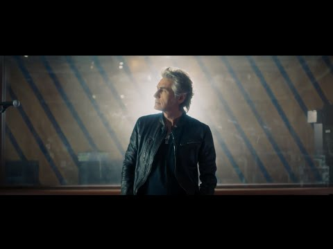 Ligabue - Volente o nolente (feat. Elisa) (Official Video)