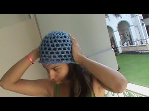 Crocheting Youtube Videos : ... COMO TEJER GORRO PUNTO MALLA 3 CADENAS GANCHILLO CROCHET - YouTube