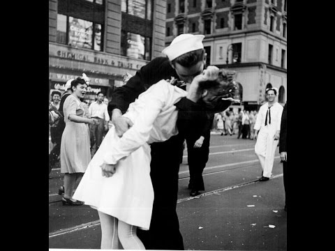 Sarykarmen Rivera  - Fallece el marino que protagonizó el icónico beso en Times Square
