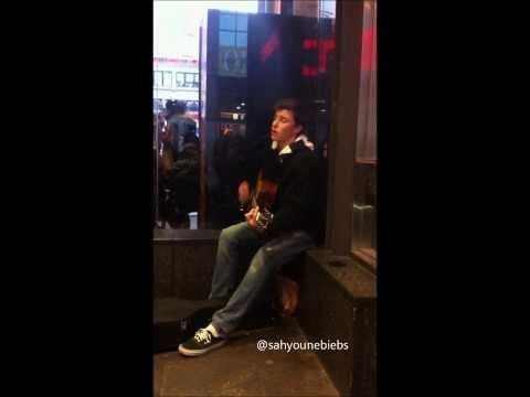 Shawn Mendes - Give Me Love (Dundas Sq Meet Up)