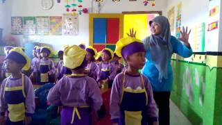 Chicken dance dan Cooking class kids bikin ed krim