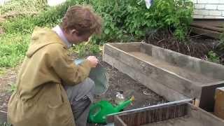 Зелёное черенкование в самодельном череночнике